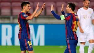 Pedri celebra con Messi un gol de esta temporada