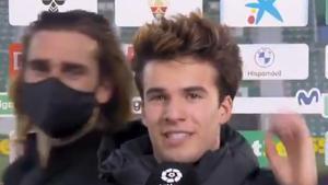 El troleo de Griezmann a Riqui Puig en plena entrevista