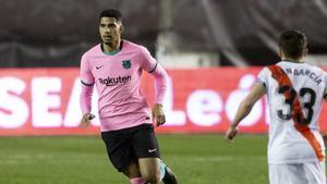 Ronald Araujo se mostró feliz de alcanzar los cuartos de la Copa