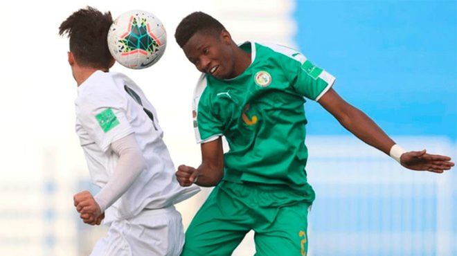 Así juega Moussa Ndiaye, central senegalés que refuerza el Barça B