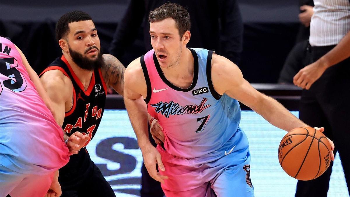 Miami Heat derrota a Toronto Raptors por 102-111