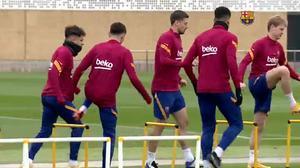 El Barcelona realiza una sesión de recuperación tras ganar al Levante
