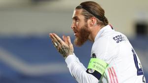 Sergio Ramos puso el gol de la tranquilidad de penalti