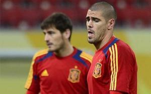 Valdés y Casillas, candidatos a la portería del Liverpool