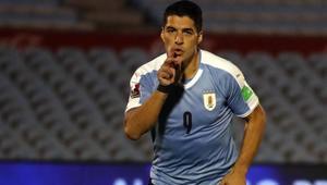 Luis Suárez encaminó el triunfo de Uruguay sobre la selección de Chile