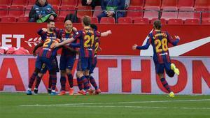 El vestuario del Barça vuelve a creer tras la victoria en Sevilla