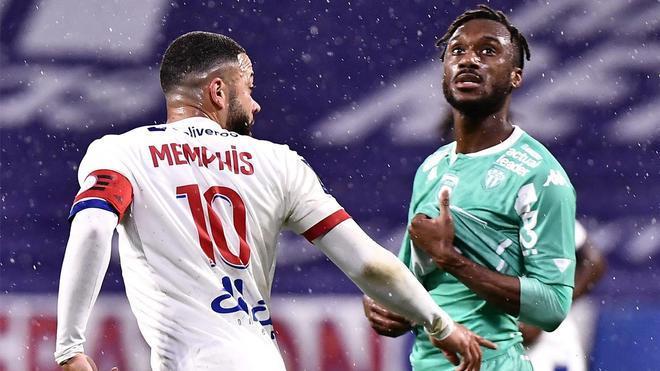El golazo de Depay ante el Angers