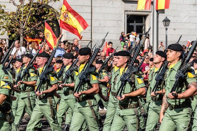 Defensa asegura que un soldado ha muerto por vacunarse con AstraZeneca