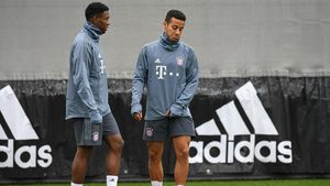 Flick siembra dudas sobre la continuidad de Thiago y Alaba en el Bayern