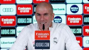 Zidane podrá sentarse mañana en el banquillo