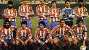 Marcelino, tercero en la fila inferior, antes del Barça - Sporting de febrero de 1987