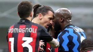 Lukaku e Ibrahimovic, cara a cara.