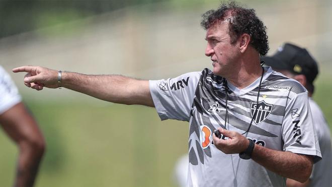 Cuca dirige hoy al At. Mineiro en el debut en su segunda etapa en el club