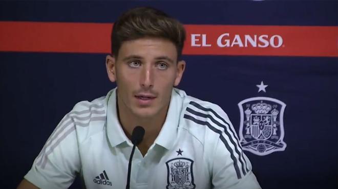 Pau Torres elogia a Sergio Ramos