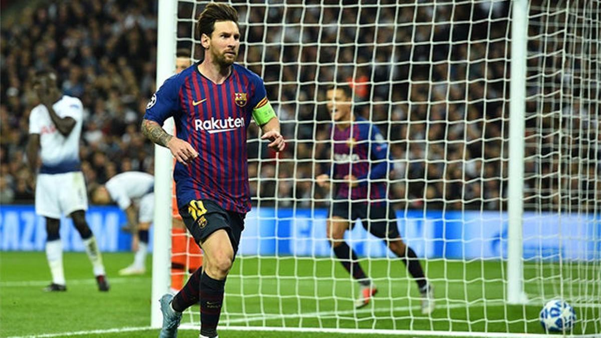 Jugada de manual: Suárez se lleva la defensa y Messi la pone imposible para Lloris