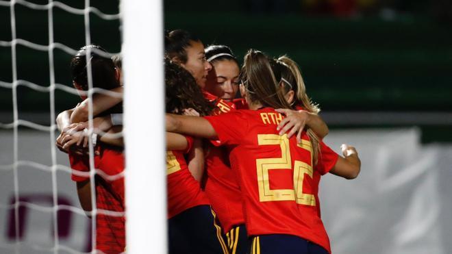 España quiere su billete al Mundial