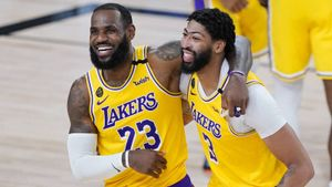 Los Lakers vuelven a salir favoritos con LeBron y Davis