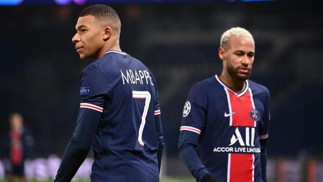 Neymar o Mbappé podrían salir del PSG