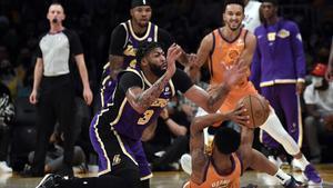 Anthony Davis, en el duelo ante los Suns