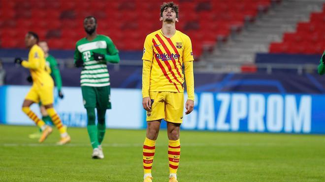 A Trincao se le resiste el gol con la camiseta del Barça