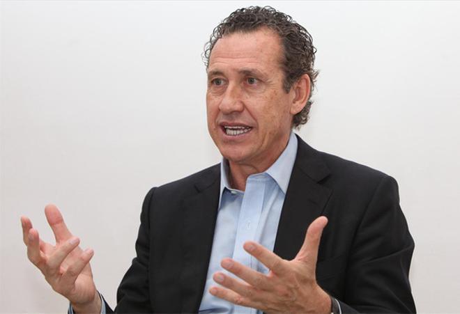 Valdano elogia al expresidente del Tenerife Javier Pérez