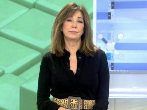 Ana Rosa Quintana cree que hay que vacunar al Rey y al Presidente antes que al resto de españoles
