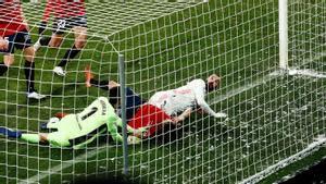 La tremenda parada de Sergio Herrera ante Benzema