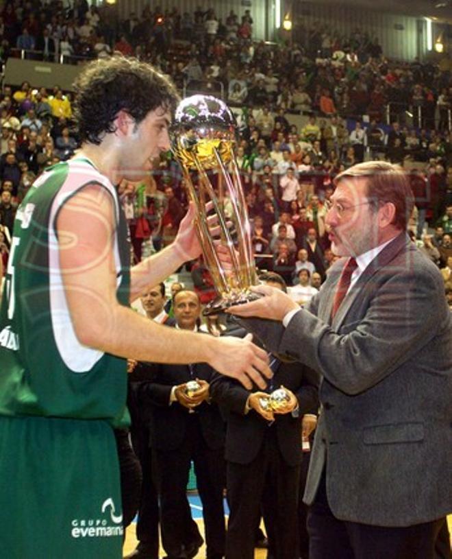Temp 2004 ¿ 2005 (Zaragoza): Final Unicaja ¿ TAU