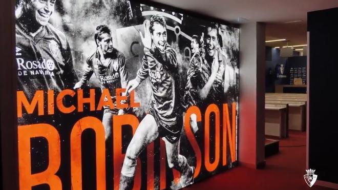 Así ha quedado la sala de prensa de El Sadar dedicada a Michael Robinson