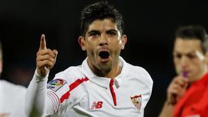 Éver Banega volverá a vestir la camiseta del Sevilla la próxima temporada