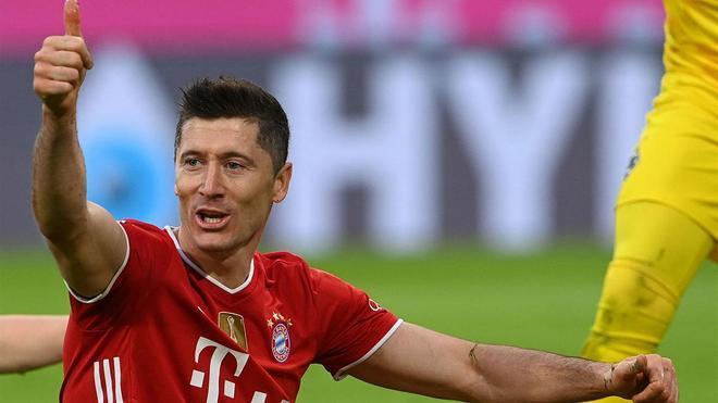 Robert Lewandowski podría dejar el Bayern este verano