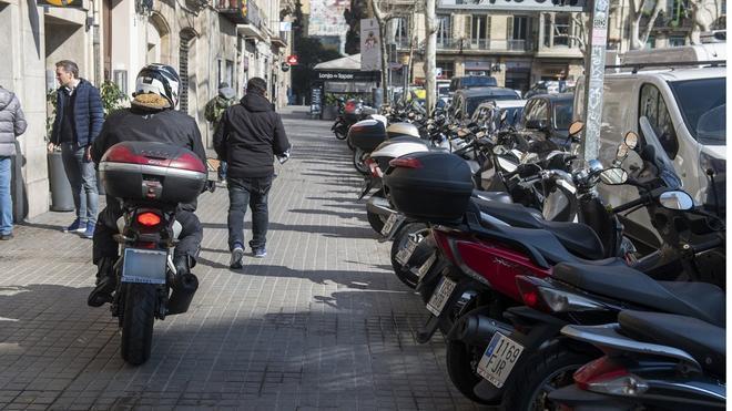 Las motos producen un 0.6% de las emsiones contaminantes.