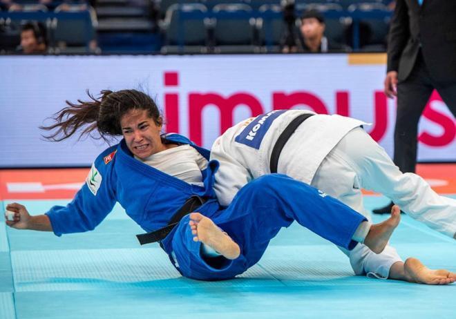 Cristina Cabaña cae eliminada en los octavos de final