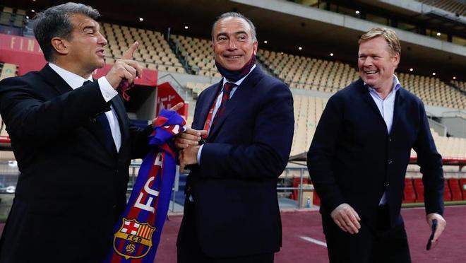 La tremenda celebración de Joan Laporta en el vestuario del Barça