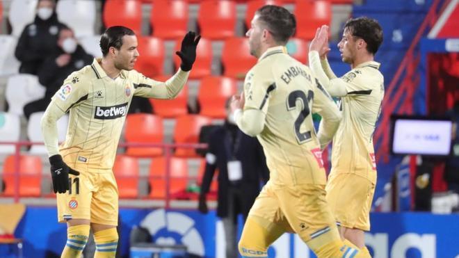 Los jugadores del Espanyol, celebrando el gol del empate
