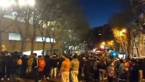 Muchos aficionados del Rayo se concentraron en los alrededores del estadio