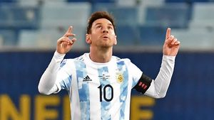 Messi celebra uno de sus goles ante Bolivia