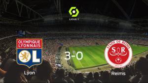 El Olympique Lyon se lleva la victoria tras golear 3-0 al Stade de Reims