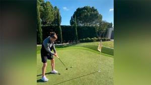 ¿Ya es Bale un maestro del golf? El golpeo que te sorprenderá