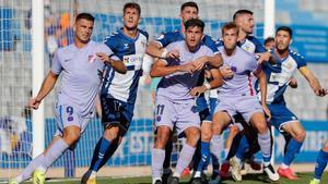 Rodado, Lucas de Vega y Arnau Comas apuntan a repetir en el once titular