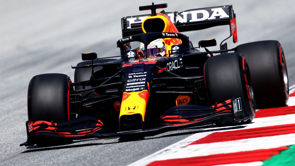 Verstappen gana el primer asalto en Austria