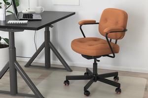 Así es la silla Alefjäll, el mueble de Ikea que no debe faltar en tu casa