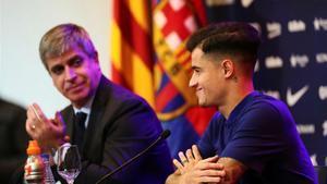 Mestre acompañó a Coutinho en la rueda de prensa