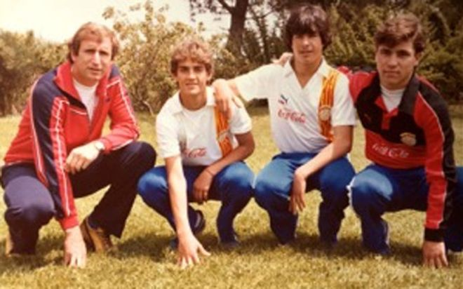 Toni García con Carles Rexach cuando jugaba en la selección catalana