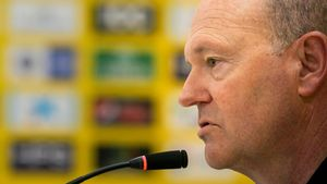 Pepe Mel, en una rueda de prensa como técnico de Las Palmas