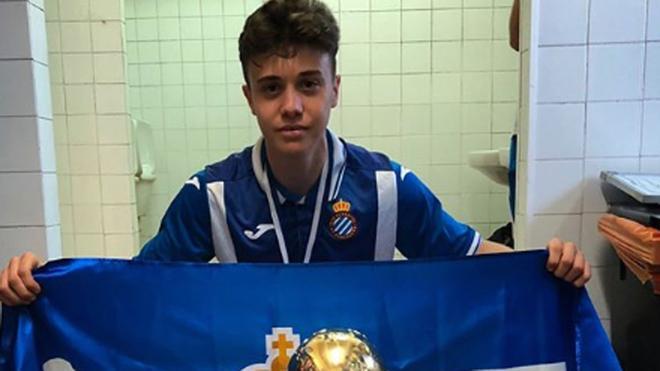 Oscar Tarensi, tras ganar el MIC Football